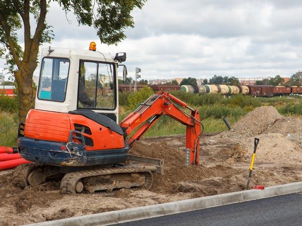 Mini Excavator Hire Services in Gold Coast and Brisbane